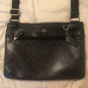Coach crossbody purse.